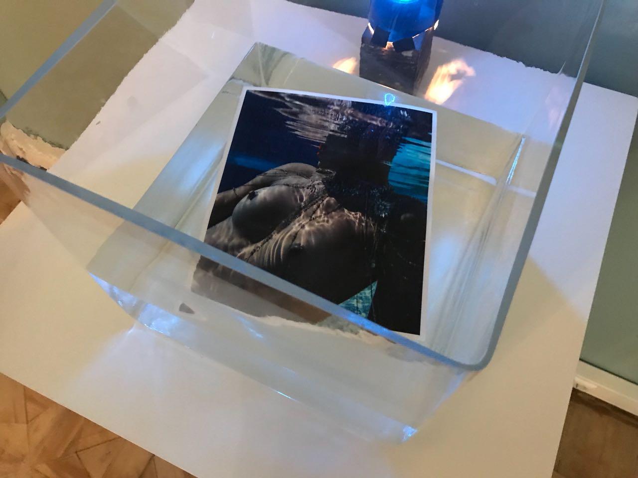 Выставка #FATAL фотографии Юрий Тресков в особняке «Рихтер»